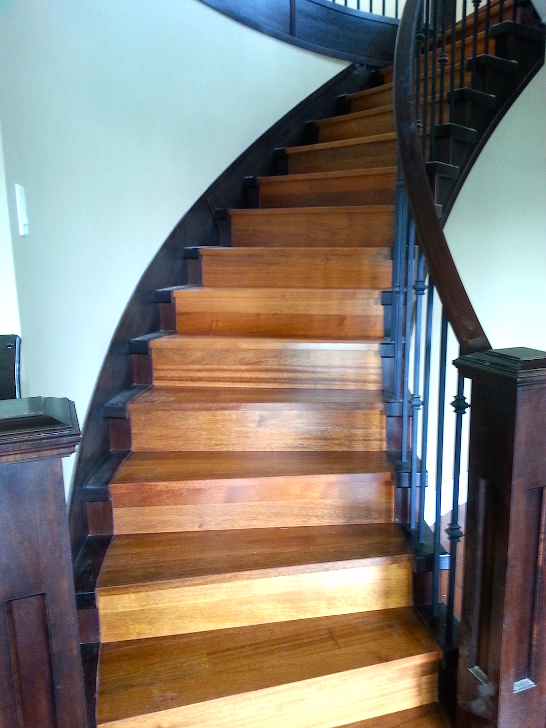 curving hardwood stairs vancouver