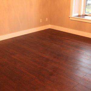 hardwood flooring instalaltionin bedroom